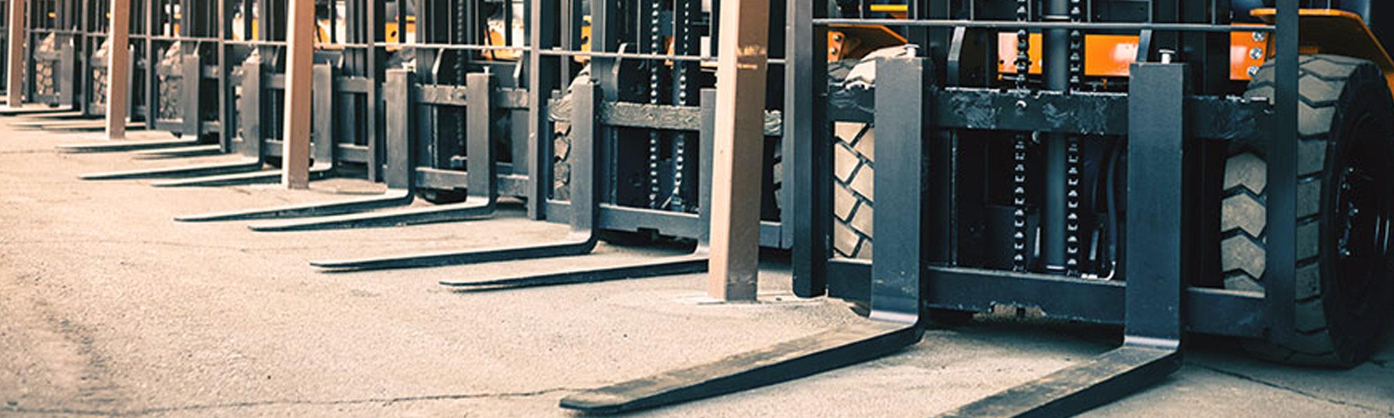 Em-Tech - Paleciaki wózki elektryczne spalinowe z masztem koła rolki części - Em-Tech: paleciaki elektryczne, ręczne, wózki widłowe, podnośniki, wózki wysokiego składowania