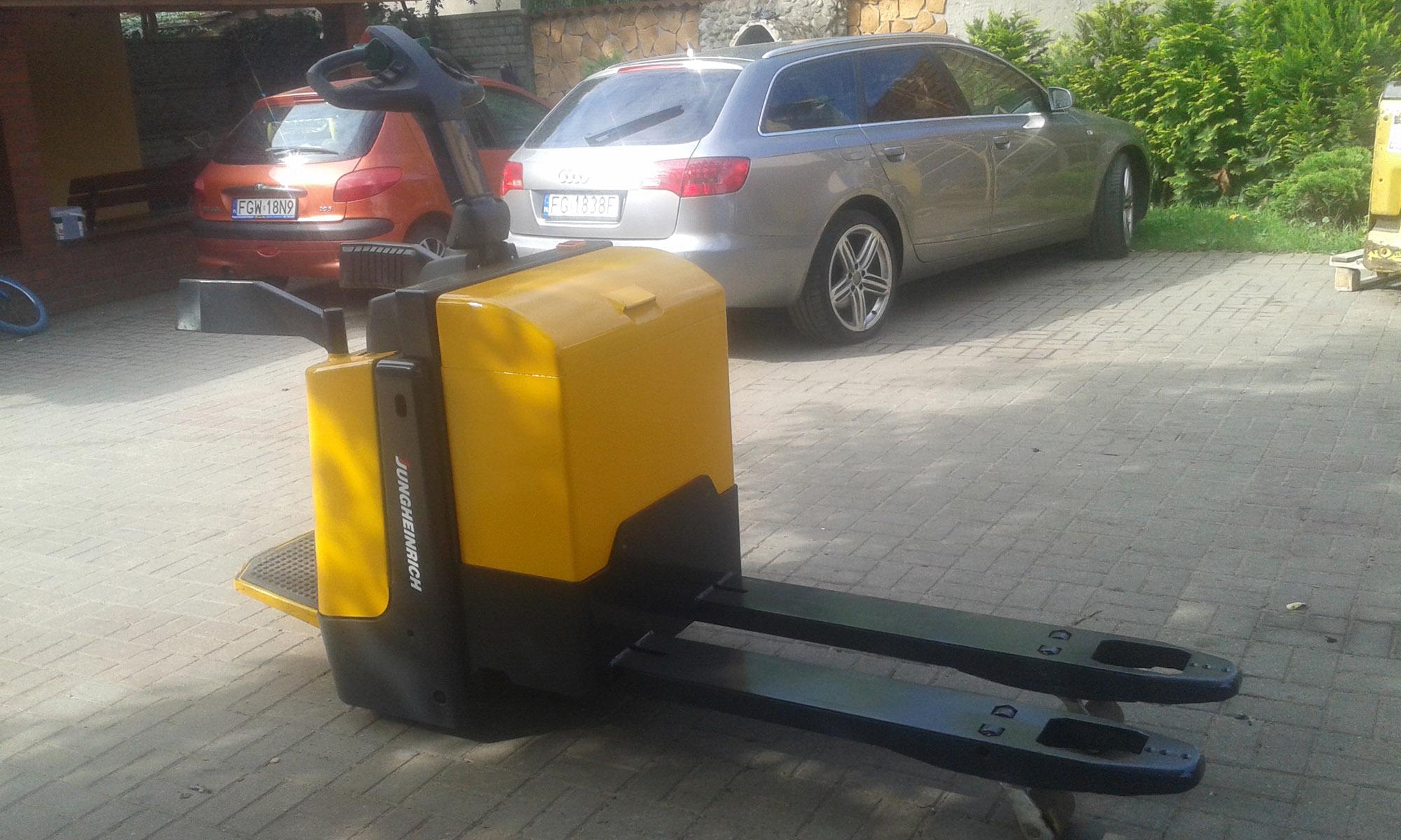 Wózek paletowy elektryczny Jungheinrich ERE